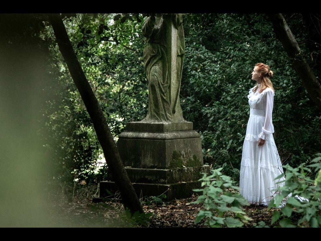 Images from Annabel Lee video